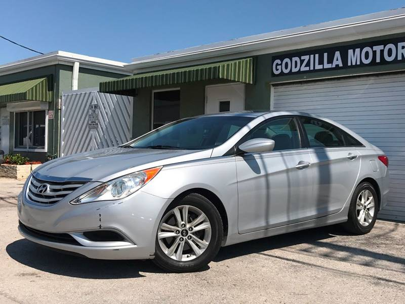 2011 HYUNDAI SONATA GLS 4DR SEDAN gray this one is ready to drive home and show off   dont w