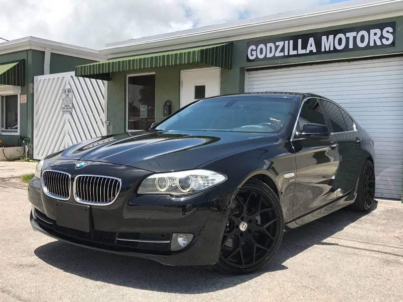 2012 BMW 5 SERIES 528I XDRIVE AWD 4DR SEDAN black this one is ready to drive home and show off