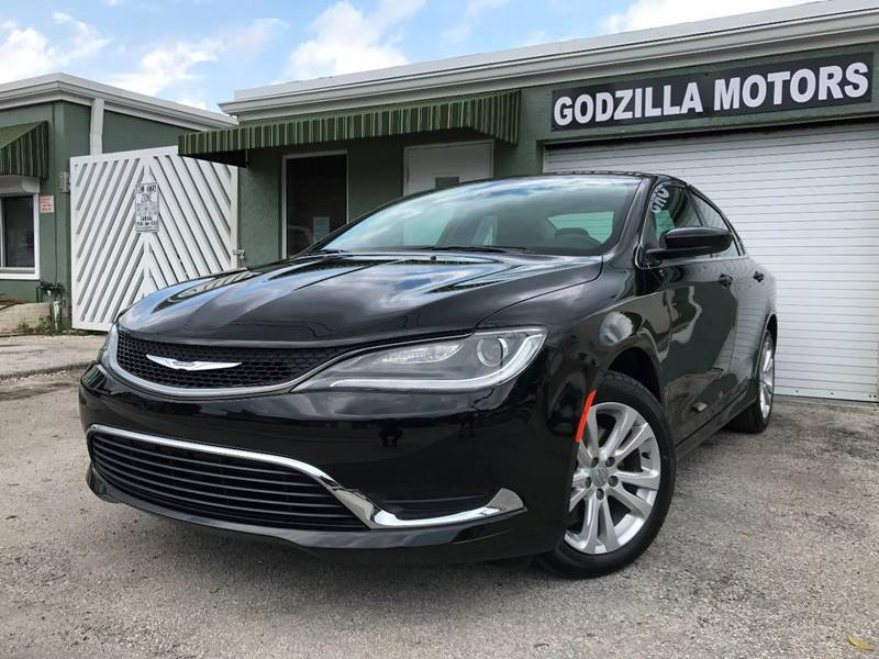 2015 CHRYSLER 200 LIMITED 4DR SEDAN black this one is ready to drive home and show off   don