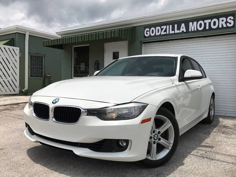 2012 BMW 3 SERIES 328I 4DR SEDAN white this one is ready to drive home and show off   dont w