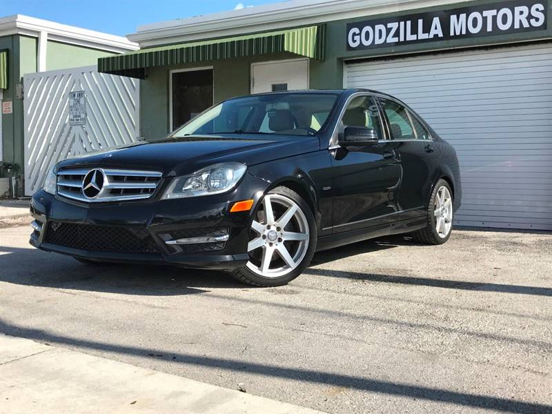2012 MERCEDES-BENZ C-CLASS C 350 SPORT 4DR SEDAN black this one is ready to drive home and show o