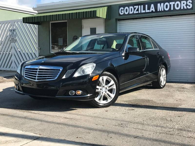 2010 MERCEDES-BENZ E-CLASS E 350 SPORT 4DR SEDAN black this one is ready to drive home and show o