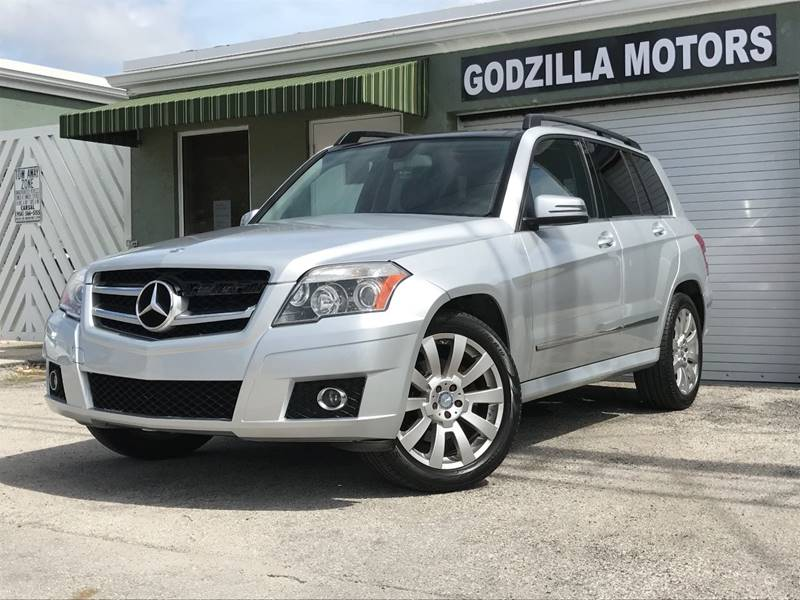 2012 MERCEDES-BENZ GLK GLK 350 4MATIC AWD 4DR SUV gray this one is ready to drive home and show o