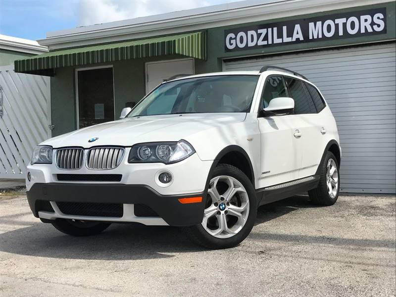2010 BMW X3 XDRIVE30I AWD 4DR SUV white this one is ready to drive home and show off   dont