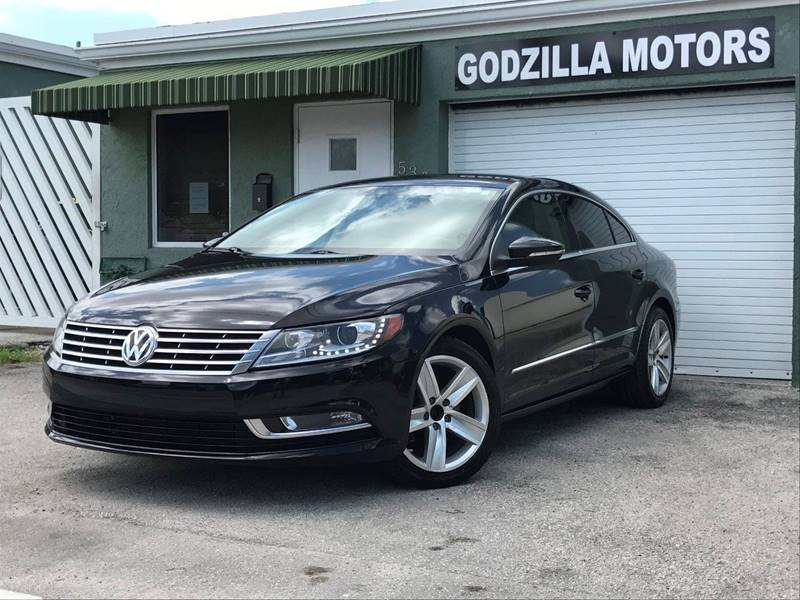 2013 VOLKSWAGEN CC SPORT PZEV 4DR SEDAN 6A black this one is ready to drive home and show off