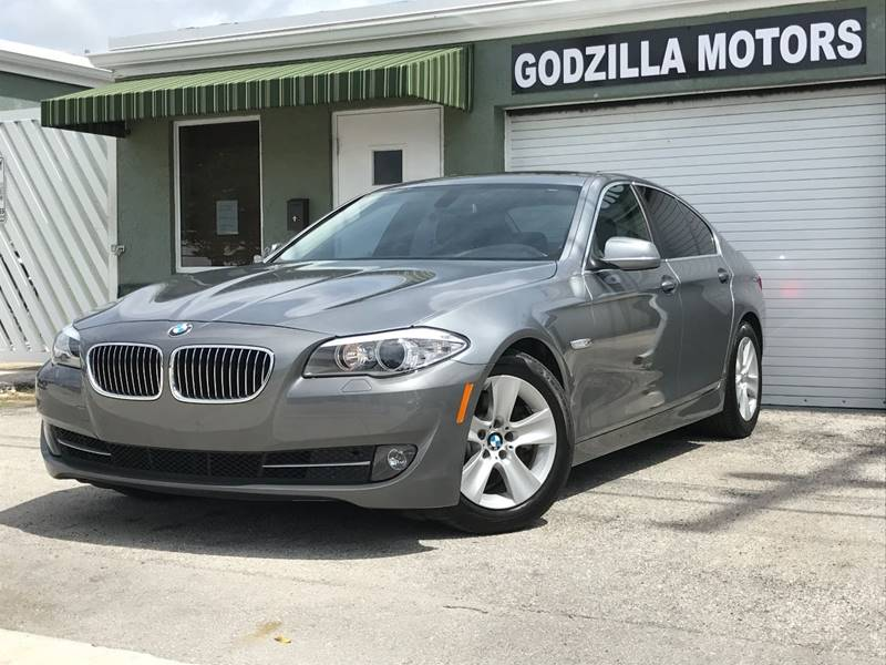 2011 BMW 5 SERIES 528I 4DR SEDAN gray exhaust - dual tip door handle color - body-color exhaust