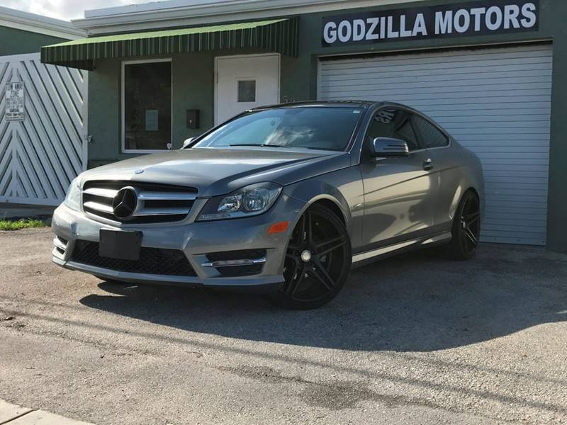 2012 MERCEDES-BENZ C-CLASS C 250 2DR COUPE gray grille color - chrome mirror color - chrome rea