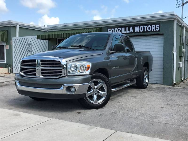 2007 DODGE RAM PICKUP 1500 LARAMIE 4DR QUAD CAB SB gray pickup bed light pickup bed type - fleet