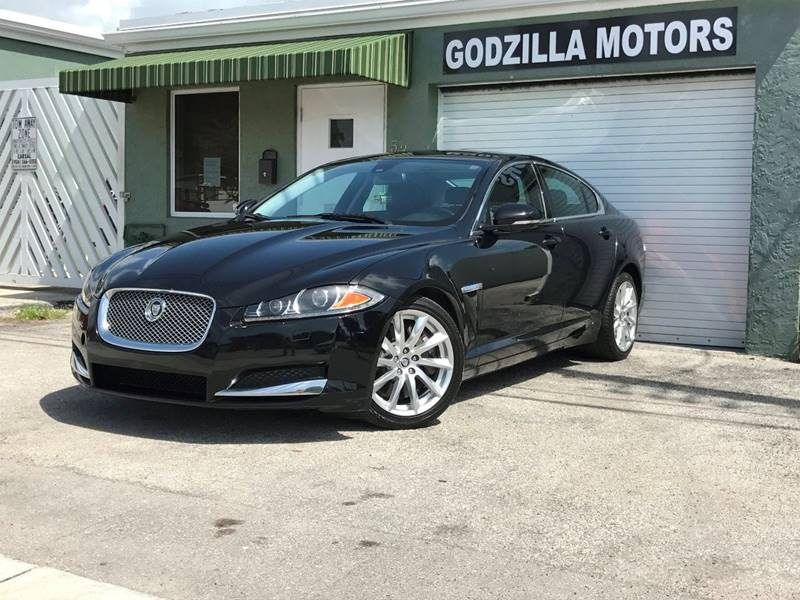 2012 JAGUAR XF BASE 4DR SEDAN black exhaust - dual tip exhaust tip color - chrome grille color