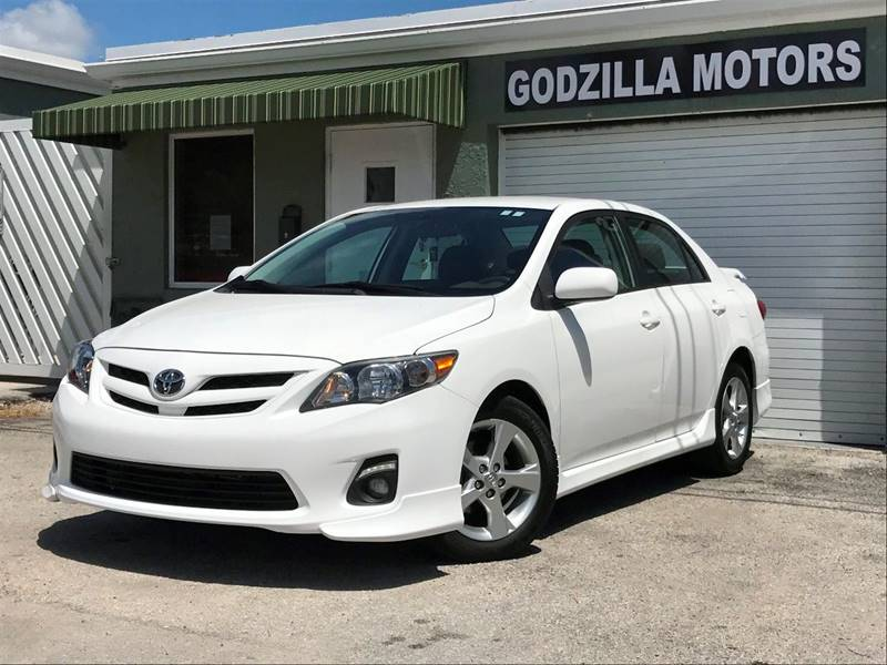 2012 TOYOTA COROLLA S 4DR SEDAN 4A white exhaust - dual tip door handle color - body-color exha