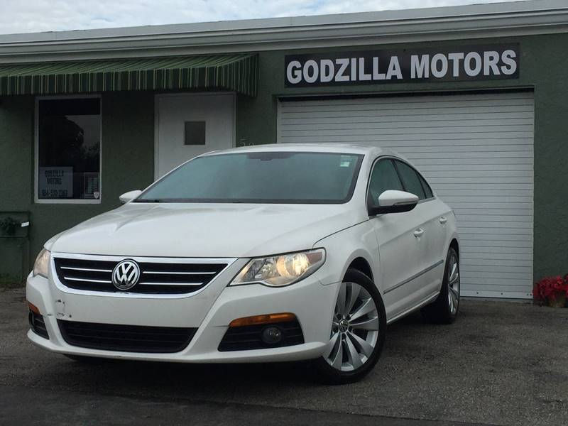 2010 VOLKSWAGEN CC SPORT white this amazing 2010 vw cc contains clean title clean car fax all t