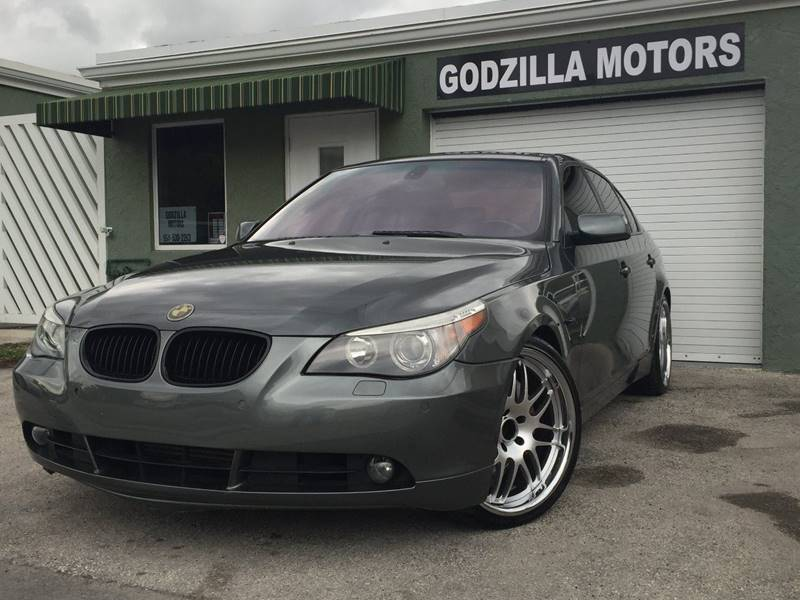 2006 BMW 5 SERIES 550I 4DR SEDAN charcoal this 2006 550ia is loaded  navigationpark assistrear