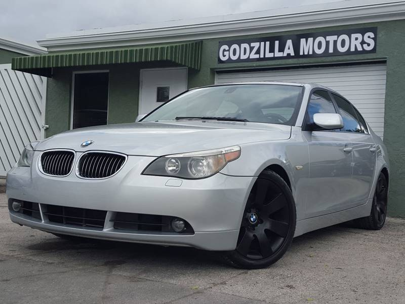 2007 BMW 5 SERIES 530I gray this amazing 2007 bmw 530i contains clean title clean car fax all t