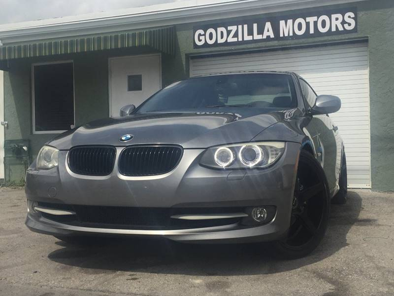 2011 BMW 3 SERIES 335I gray this one is ready to drive home and show off   dont wait to call