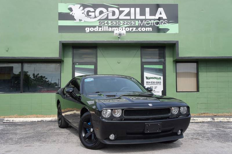 2010 DODGE CHALLENGER SE 2DR COUPE black this one is ready to drive home and show off dont w