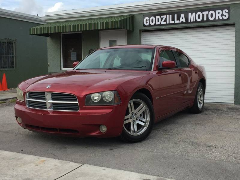 2006 DODGE CHARGER RT 4DR SEDAN red this one is ready to drive home and show off   dont wait