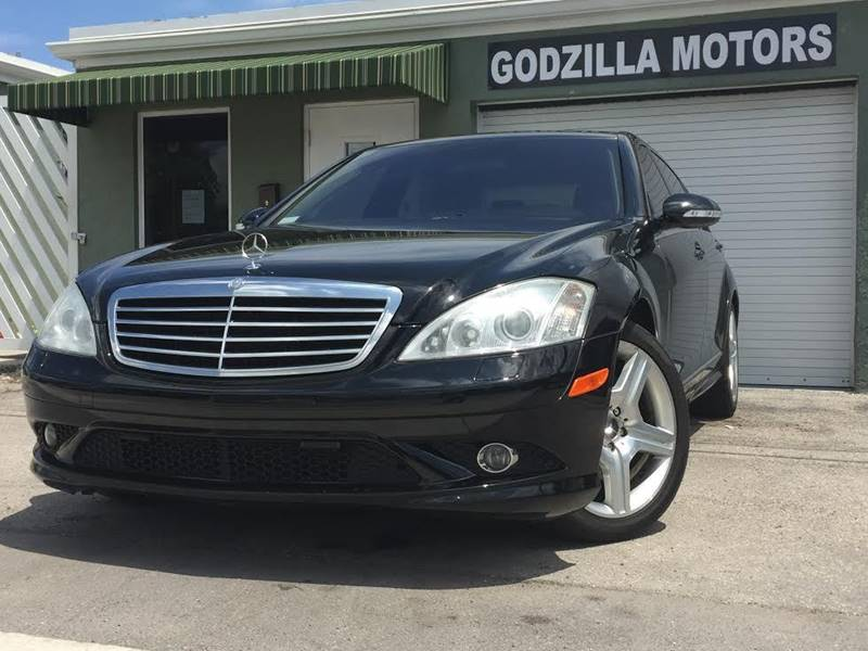 2007 MERCEDES-BENZ S-CLASS S550 4DR SEDAN black this one is ready to drive home and show off