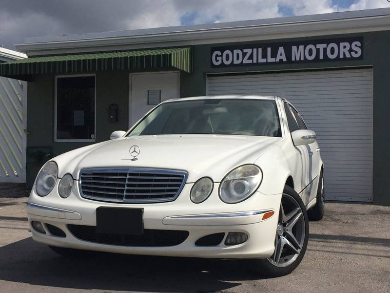 2006 MERCEDES-BENZ E-CLASS E350 4MATIC AWD 4DR SEDAN white grille color - chrome air filtration