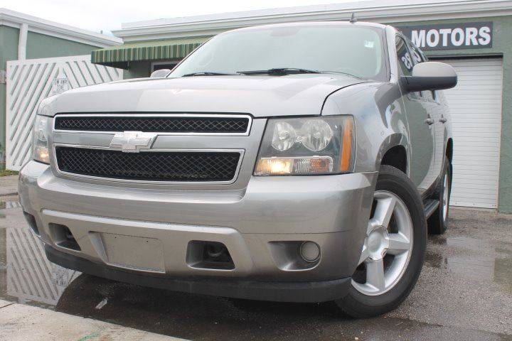 2007 CHEVROLET TAHOE LS 4DR SUV gray this one is ready to drive home and show off dont wait t