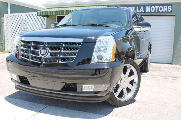 2011 CADILLAC ESCALADE ESV PREMIUM 4DR SUV black this one is ready to drive home and show off