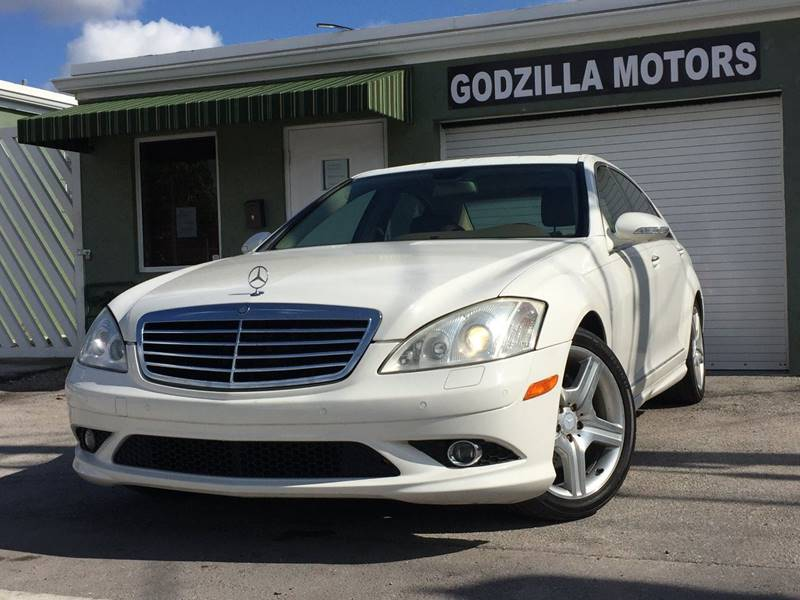 2007 MERCEDES-BENZ S-CLASS S550 4DR SEDAN white this one is ready to drive home and show off