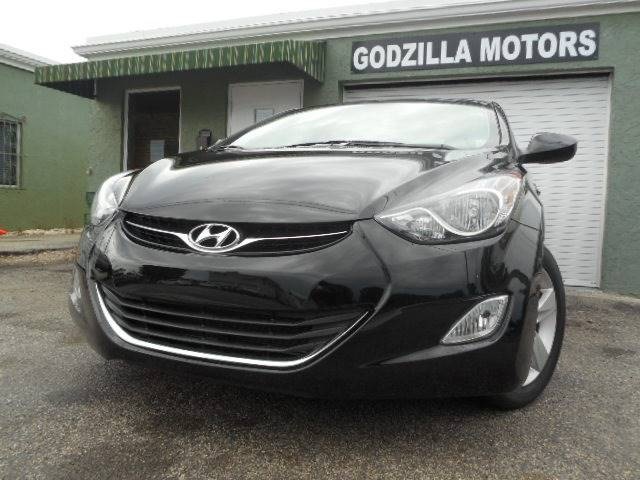 2013 HYUNDAI ELANTRA GLS 4DR SEDAN black this one is ready to drive home and show off dont wa