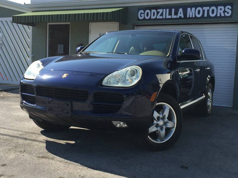 2004 PORSCHE CAYENNE S AWD 4DR SUV blue this one is ready to drive home and show off dont wai