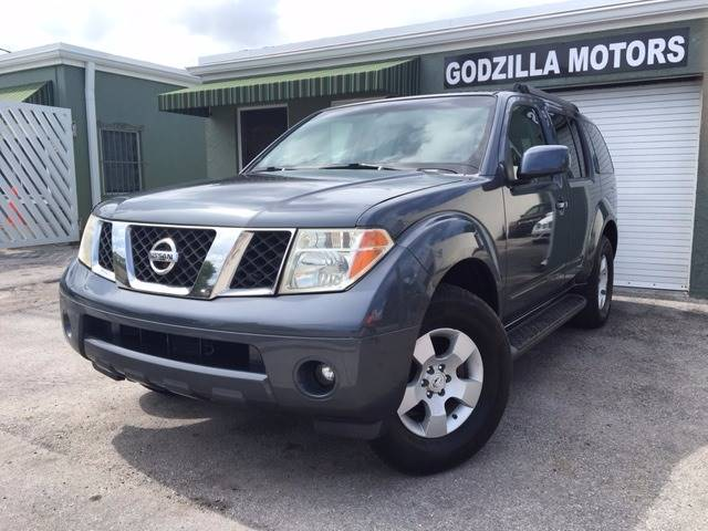 2005 NISSAN PATHFINDER SE OFF ROAD 4DR SUV blue trailer hitch running boards skid plates fro