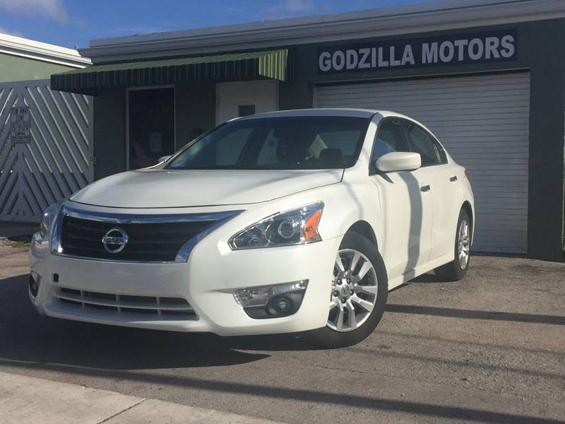 2014 NISSAN ALTIMA 25 SL 4DR SEDAN white this 2014 altima comes fully equipped this is a combin