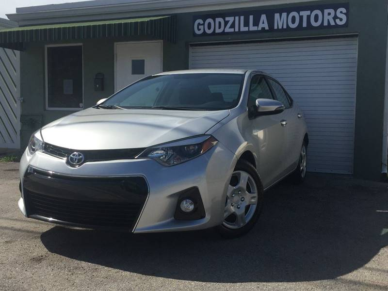 2015 TOYOTA COROLLA S PLUS PLUPLU4DR SEDAN CVT gray this one is ready to drive home and show off