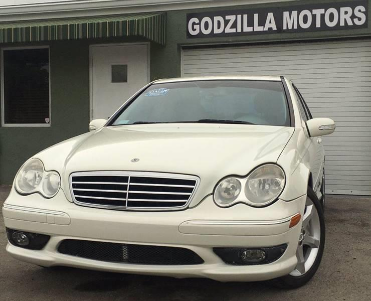 2007 MERCEDES-BENZ C-CLASS C230 SPORT 4DR SEDAN white this amazing 2007 mercedes c230 contains c