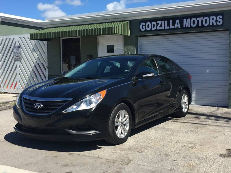 2014 HYUNDAI SONATA GLS 4DR SEDAN black body side moldings - body-color door handle color - body