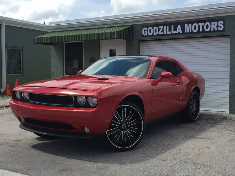 2011 DODGE CHALLENGER RALLYE 2DR COUPE red exhaust - dual tip door handle color - body-color ex