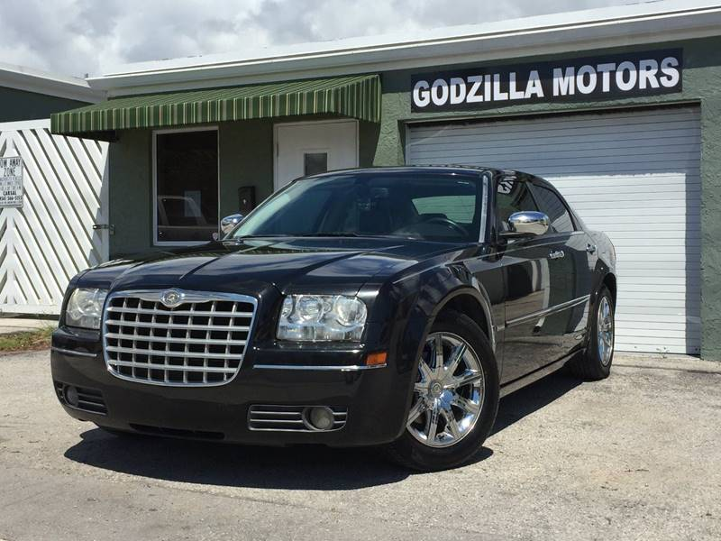 2010 CHRYSLER 300 TOURING 4DR SEDAN black body side moldings - body-color with chrome accents do