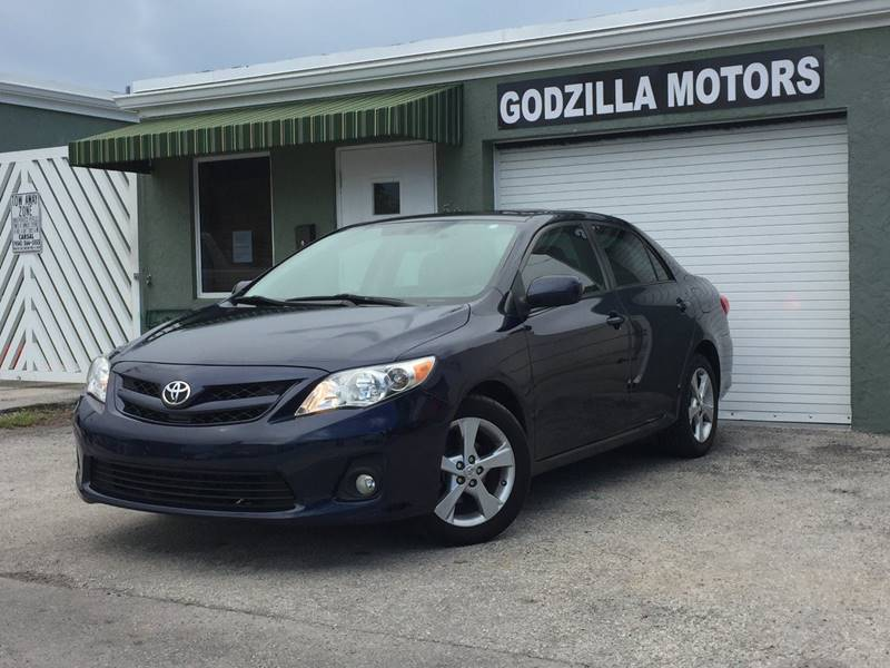 2011 TOYOTA COROLLA S 4DR SEDAN 5M blue exhaust - dual tip door handle color - body-color exhau