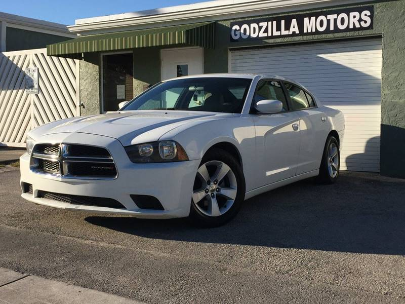 2012 DODGE CHARGER SE 4DR SEDAN white exhaust - dual tip headlight bezel color - black door han