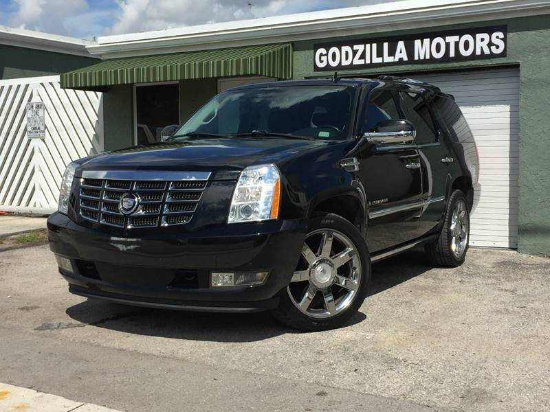 2008 CADILLAC ESCALADE BASE 4DR SUV black running boards - step tow hooks - front trailer hitch