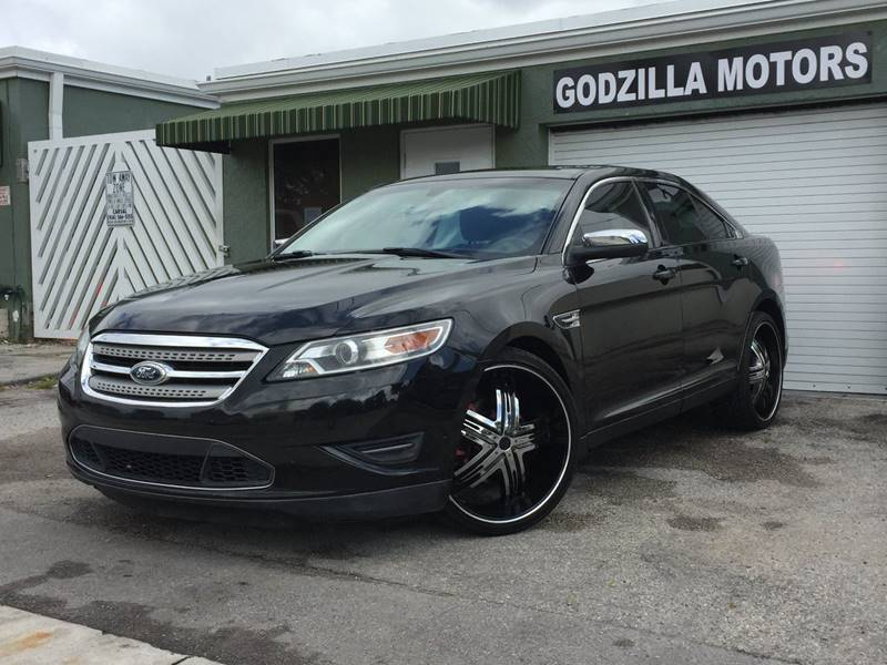 2010 FORD TAURUS LIMITED 4DR SEDAN black this taurus  limited comes with leather seats power mir