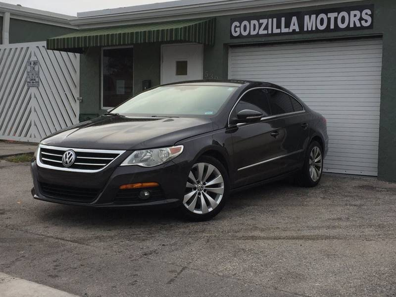 2010 VOLKSWAGEN CC SPORT 4DR SEDAN 6A ENDS 1009 brown exhaust - dual tip door handle color -
