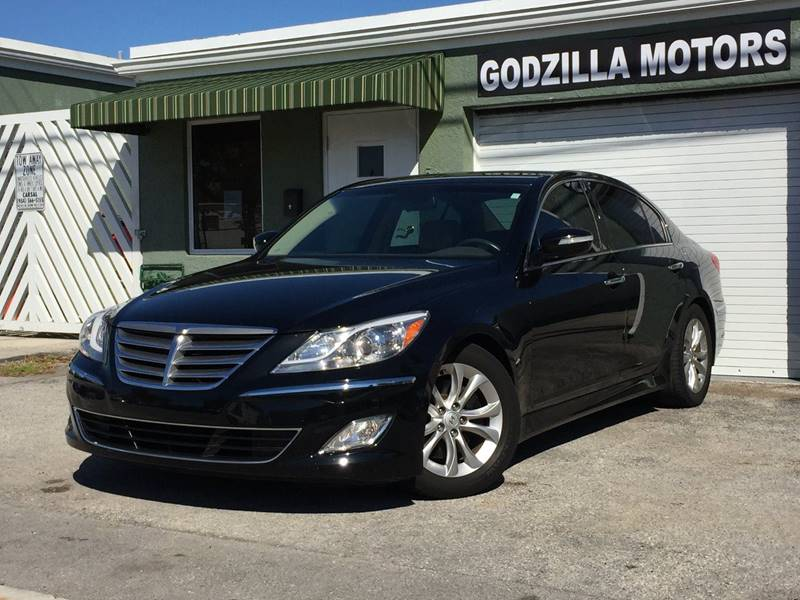 2012 HYUNDAI GENESIS 38L V6 4DR SEDAN black this 2012 genesis has a clean carfax leather sunro
