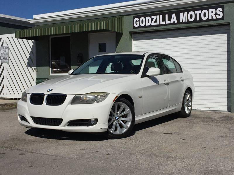 2011 BMW 3 SERIES 328I 4DR SEDAN white exhaust tip color - stainless-steel front bumper color -