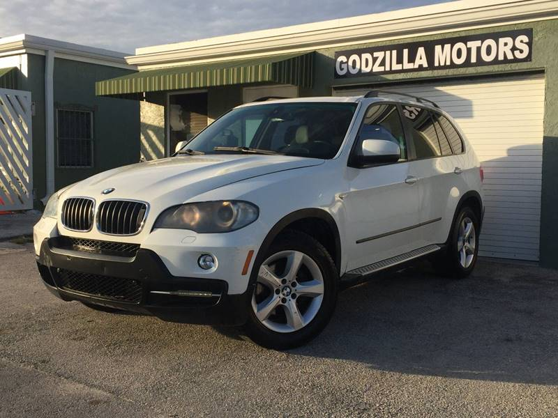 2009 BMW X5 XDRIVE30I AWD 4DR SUV white exhaust - dual tip door handle color - body-color exhau