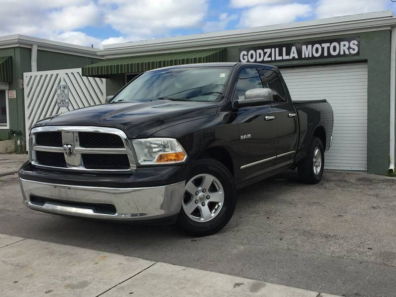 2009 DODGE RAM PICKUP 1500 SLT 4X2 4DR QUAD CAB 63 FT SB black pickup bed light tailgate - rem