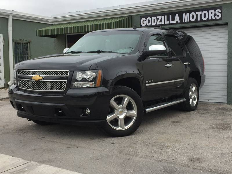 2013 CHEVROLET TAHOE LTZ 4X4 4DR SUV black running board color - black running boards - step to