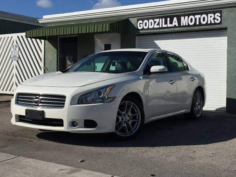2011 NISSAN MAXIMA 35 SV 4DR SEDAN white exhaust - dual tip grille color - accent door handle