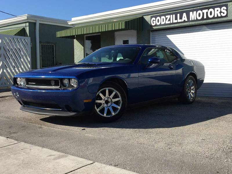 2012 DODGE CHALLENGER SXT PLUS 2DR COUPE blue exhaust - dual tip door handle color - body-color
