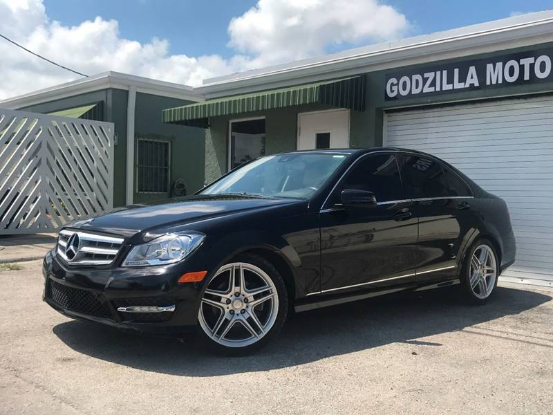 2013 MERCEDES-BENZ C-CLASS C 250 SPORT 4DR SEDAN gray this one is ready to drive home and show of