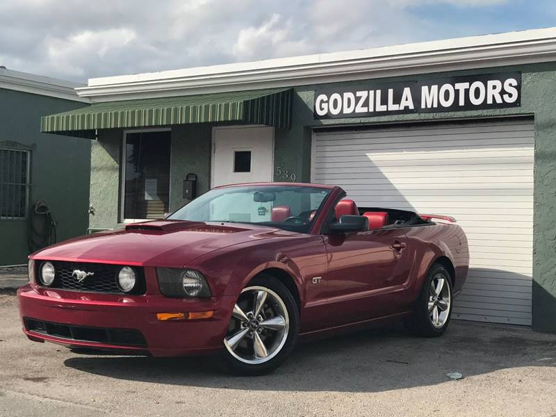 2007 FORD MUSTANG GT PREMIUM 2DR CONVERTIBLE red rear spoiler floor mat material - carpet floor