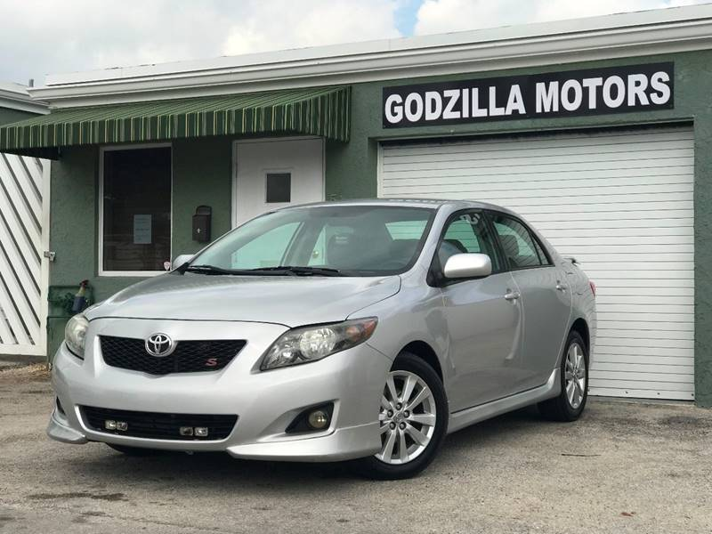 2010 TOYOTA COROLLA S 4DR SEDAN 4A gray this one is ready to drive home and show off   dont