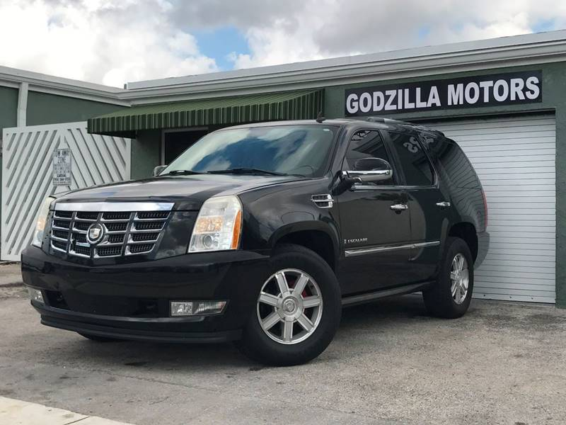 2007 CADILLAC ESCALADE BASE 4DR SUV black running boards - step tow hooks - front trailer hitch